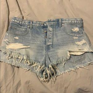 Festival Highwaisted Shorts